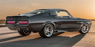 SHELBY GT500CR MUSTANG ROARS INTO PRODUCTION